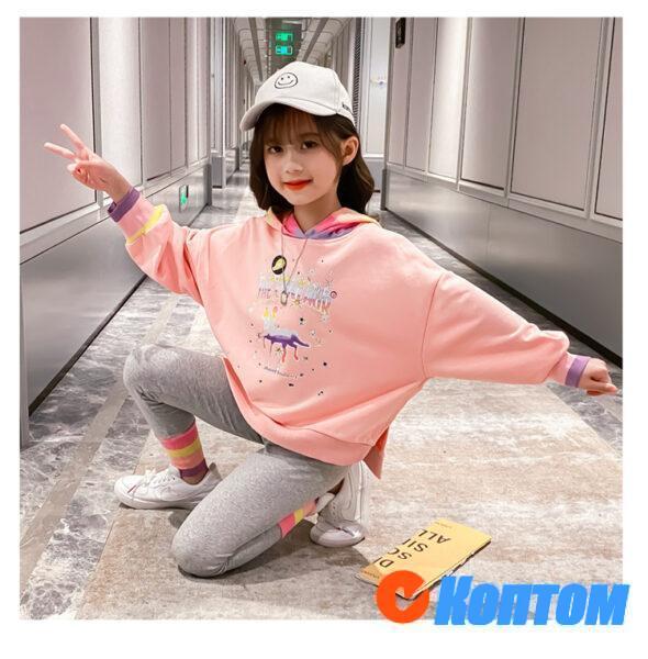 Детской модный костюм  с капюшоном для девочики YAH027