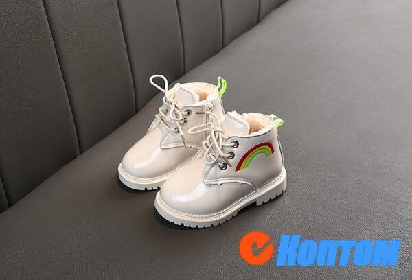 Детские зимние ботинки YBE072